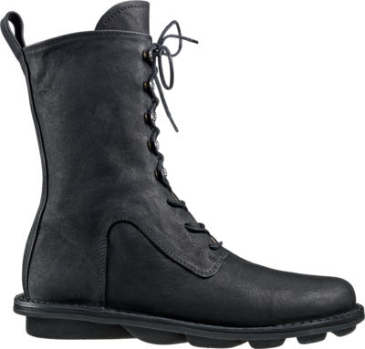 High-cut lace-up leather boot with hooks and eyes