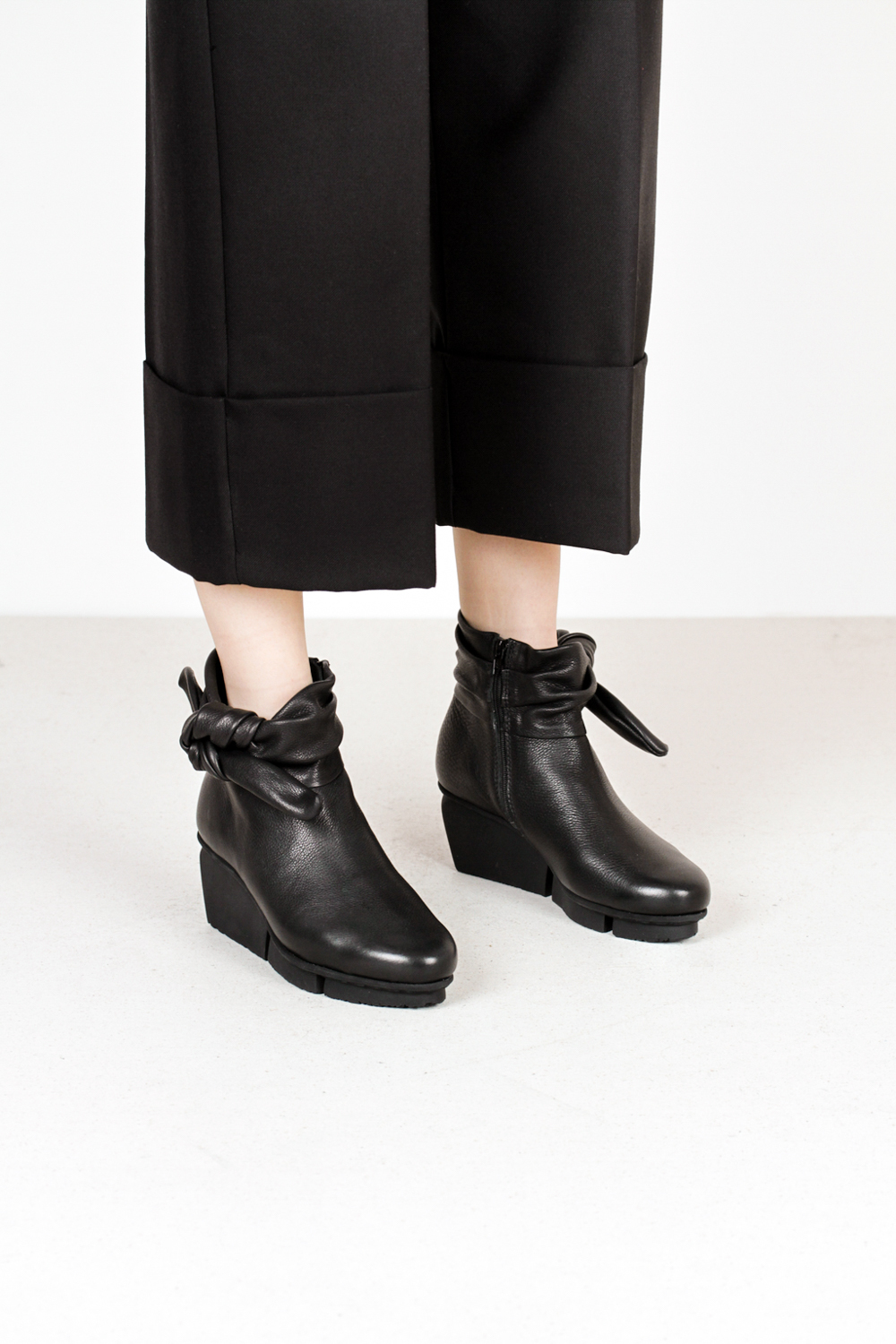 Trippen tippet f vst black leather boots