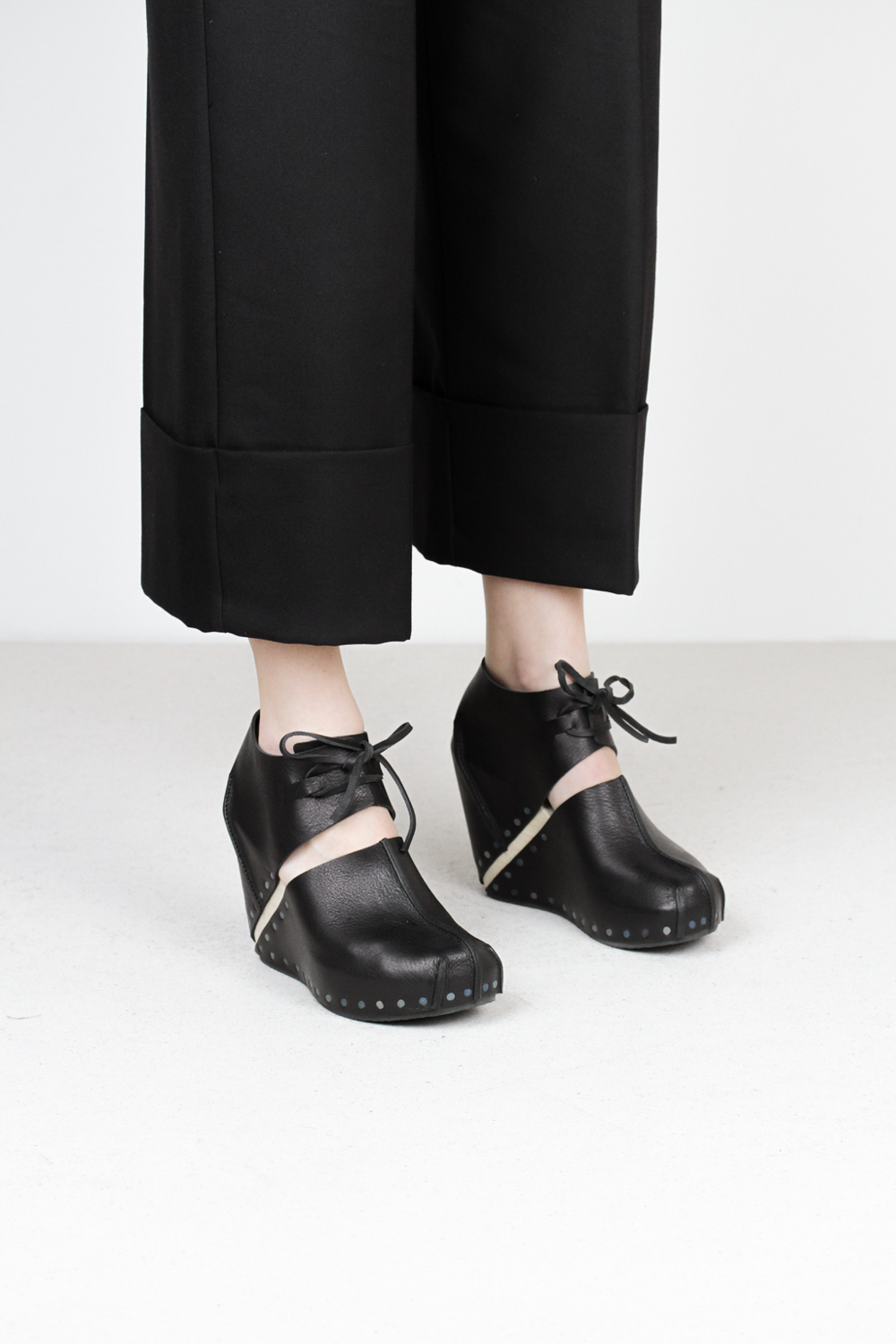 Trippen liva f waw blk wooden shoes
