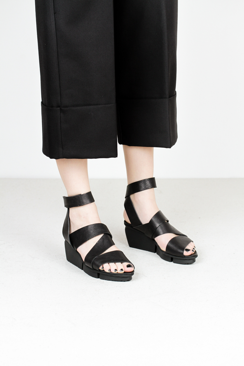 Trippen film f waw blk leather sandals