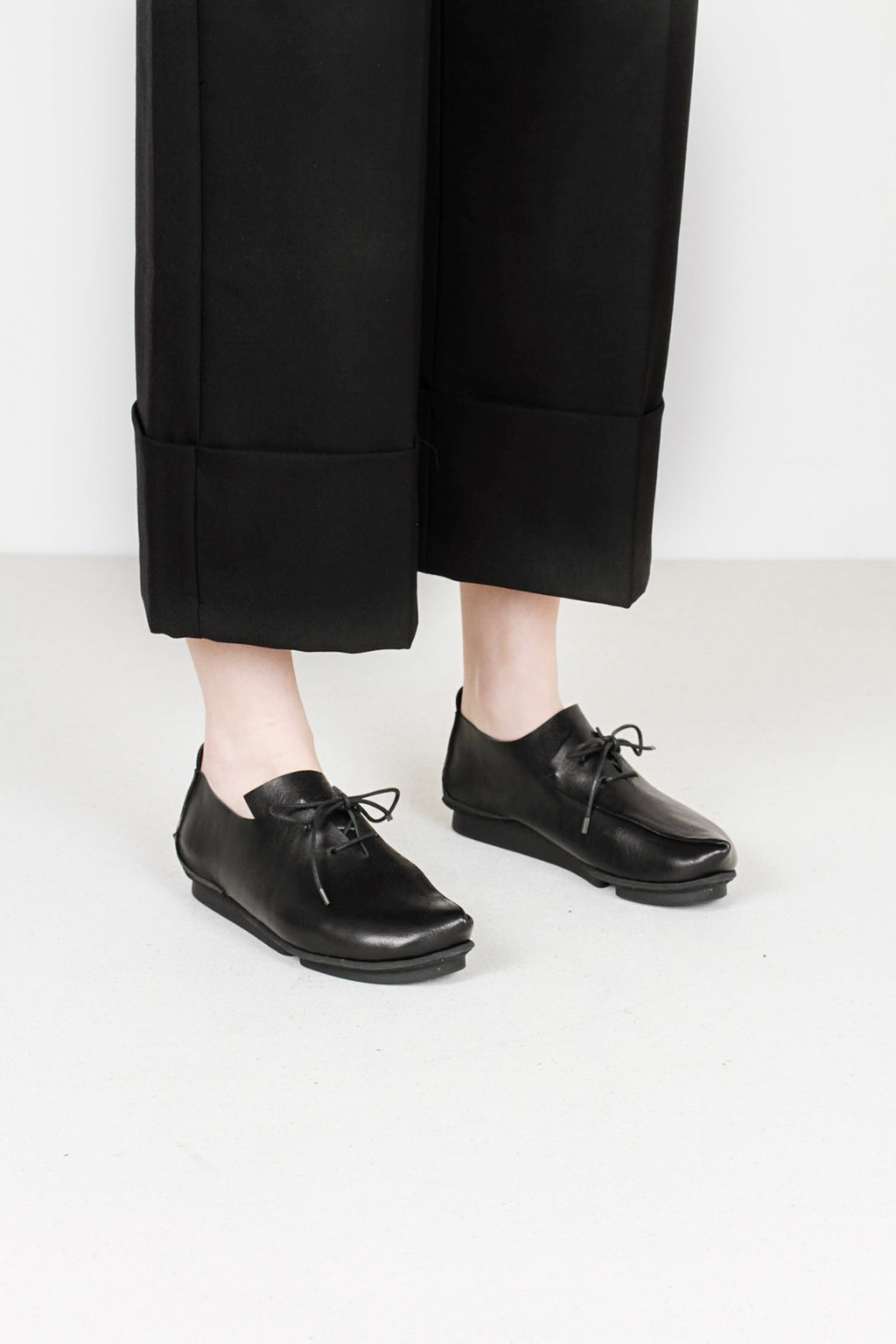 Trippen crease f waw blk leather shoes