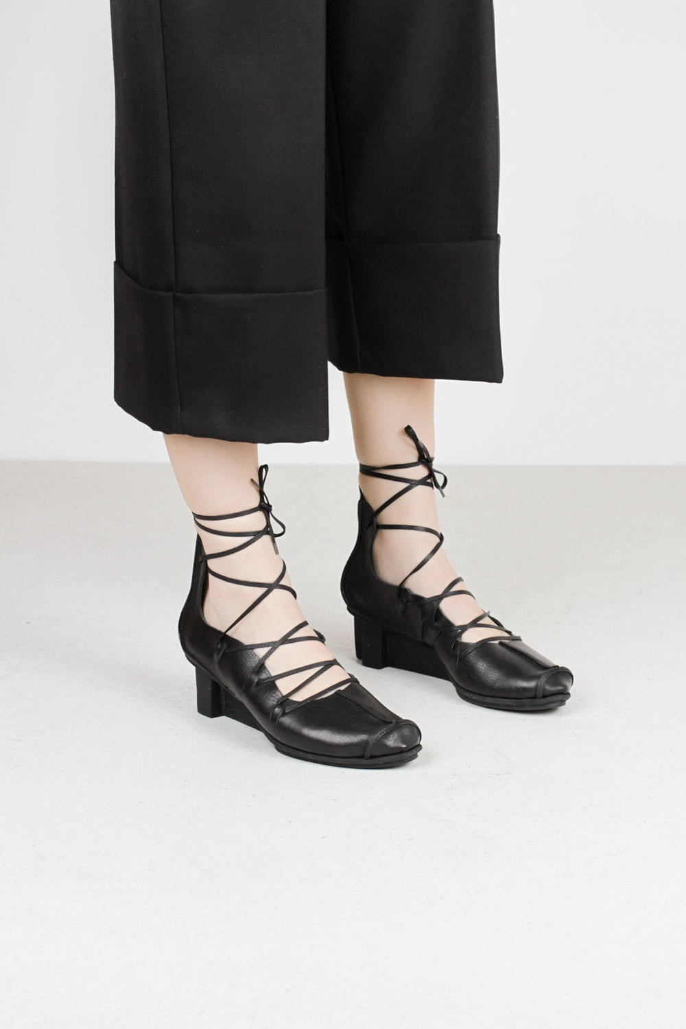Trippen blade f blk waw xo blk leather sandals