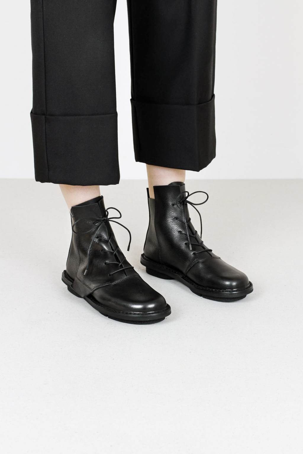 Trippen lumber f waw blkleather boots